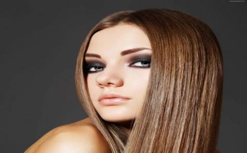 Трайно Изправяне на Коса с Продукти на Oyster Cosmetics или Farmavita от Салон за Красота Madonna
