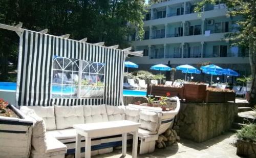 ALL INCLUSIVE за семейна почивка в Китен - хотел Ариана
