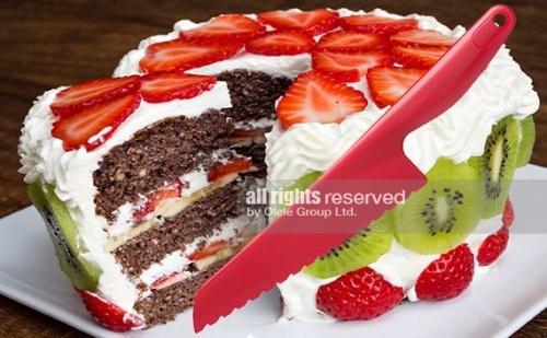 Пластмасов Нож за Торта