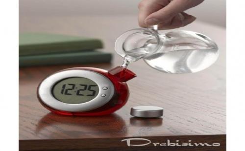 Електронен Часовник Работещ с Вода