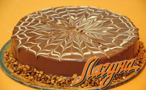 """Любима на всички! Уникална Торта """"Гараш"""" от Виенски Салон Лагуна"""