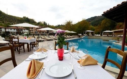 Есен и Септемврийски празници, ЧИФЛИКА ПАЛАС РИЗОРТ & СПА 3*: Нощувка със закуска и вечеря