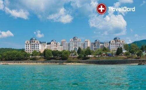 Пакет нощувки за двама възрастни плюс дете до 6 г. на база ALL Inclusive с включени чадъри и шезлонги на морския плаж в най-новия хотел RIU Хелиос Парадайз****