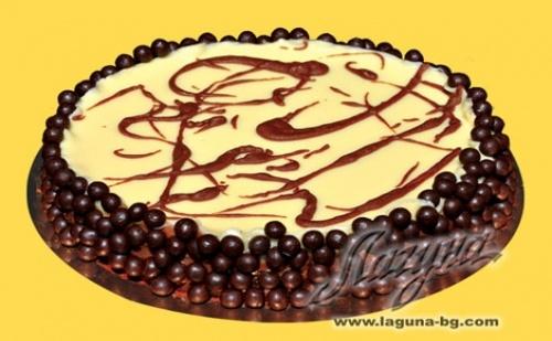 """НОВО от Виенски Салон """"ЛАГУНА"""": Шоколадова торта """"Трилогия"""" от бял, млечен и тъмен белгийски шоколад"""