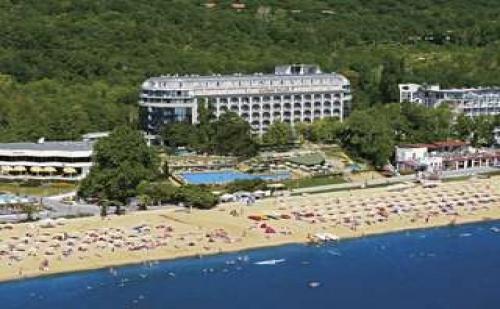 Лятна почивка 2017 Първа линия, 5 дни Ultra All Inclusive с плаж до 14.07 в Хотел Калиакра Палас, Зл. пясъци