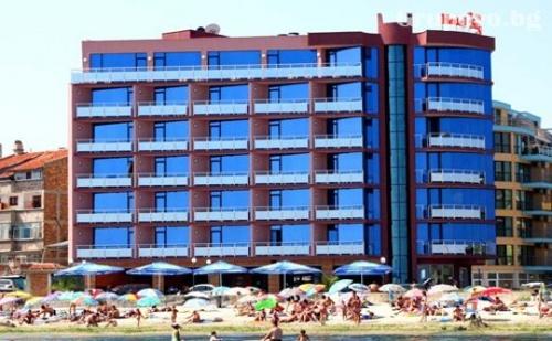 Нощувка на база All Inclusive от Хотел Съни Бей, Поморие - на брега на морето