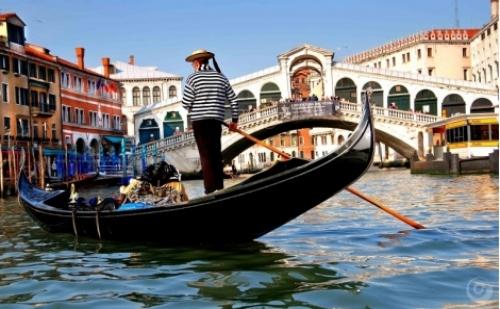 Великден и майски празници с Екскурзия до Загреб, Верона, Венеция и шопинг в Милано с 3 нощувки в хотел 2/3*, закуски и транспорт