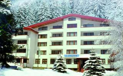 На ски по най-добрите писти полупансион 3 дни полупансинс с басейн след 06.03 в Хотел Елина, Пампорово