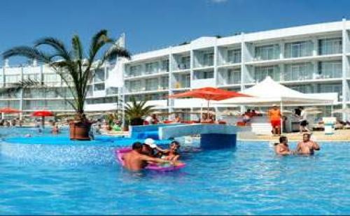 Пакети лято 2017 в ТОП комплекс, 5 дни All Inclusive Premium до 03.07 и след 23.08 в Долфин Марина, КК Гранд Хотел Варна