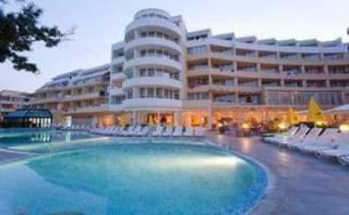 Началото на лятото в Слънчев бряг, 5 дни All inclusive до 15.06 в хотел Сън Палас