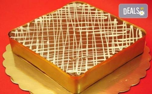 Торта Нутела с Шоколад, Бисквити и Маскарпоне от Виенски Салон Лагуна! Предплати 1лв.
