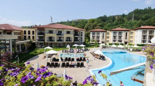 Специална Оферта за Почивка в Сандански - Спа Почивка в Парк Хотел Пирин *****! Пакети със Закуска на човек през Делник или Уикенд Дни на Цени от 66.20лв.!