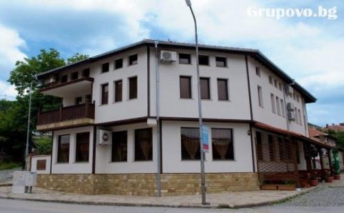 Нощувка със Закуска в Хотел Антик, Дряново