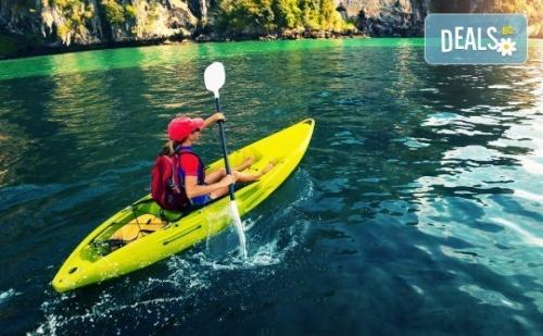 За Любителите на Водните Спортове! Разходка или Персонална Тренировка с Кану-Каяк с Инструктор в Панчаревското Езеро от Canoe-Mania