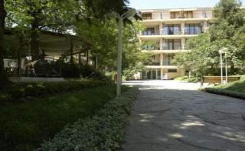 All inclusive за двама от 04.07 до 26.08 в Несебър, Хотел с огромен парк и забавления Хотел Парк Оазис
