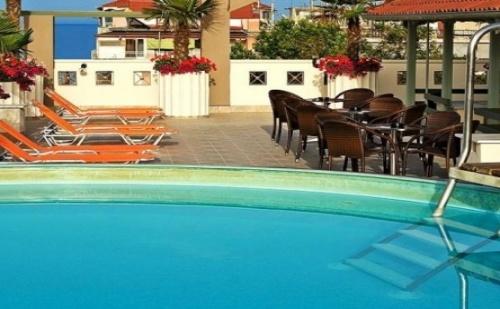 Почивка в Europe Hotel, Олимпийска ривиера, на цена от 50.90 лв.