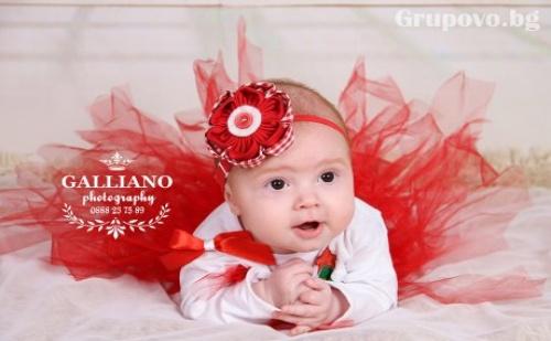 Професионална фотосесия за бебета в студио от Galliano photography