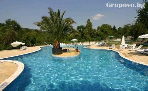 Късно лято в Балчик! Нощувка със закуска и вечеря + външен, вътрешен басейн и СПА в Hotel Elit Palace and Spa