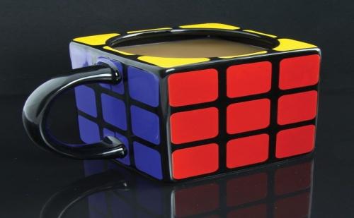 Чаша – Кубчето на Рубик
