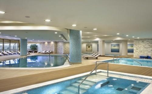 5 Звездна Почивка в Гърция - Хотел Ramada Plaza Thraki *****! 2 или 3 Нощувки със Закуски + Включена Гала Вечеря!
