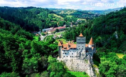 За Русе: Еднодневна Екскурзия до Синая и Замъка на Дракула в Бран.