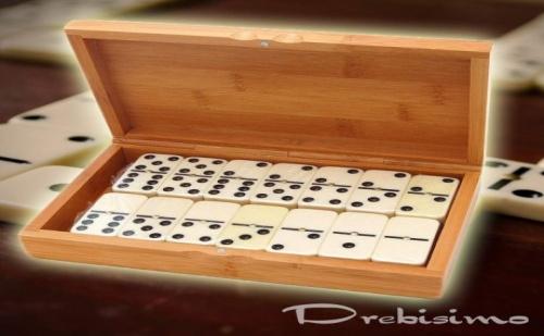 Домино в Бамбукова Кутия