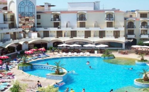 All Inclusive Почивка през Лятото в <em>Созопол</em> - Хотел Мартинез 4*! Ползване на Голям Външен Басейн!