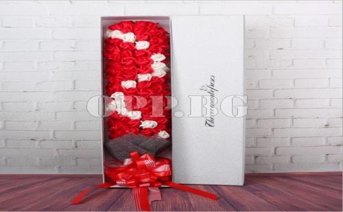 Мега Гигантски Букет от Рози в Луксозна Опаковка