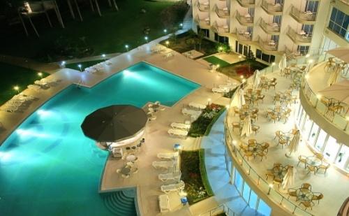 Ранни Записвания за Лятна Почивка в Хотел Аква Азур 4* Св.константин и <em>Елена</em>! Нощувка на База All Inclusive + Вътрешен и Външен Басейн!!!