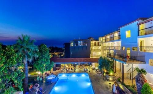 Супер Оферта за Почивка на Халкидики, в Kriopigi Beach Hotel 4*- 5 Нощувки, Закуски и Вечери