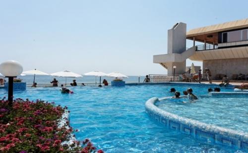 Ранни Записвания за Лято в Комплекс Слънчев Ден - Хотел Марина 4*! All Inclusive + Ползване на Външен и Вътрешен Басейн + Безплатно Чадър на Плажа!