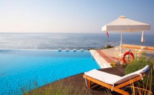 През лятотo в Ramada Plaza Thraki Hotel & SPA 5* – 3 нощувки полупансион и All Inclusive