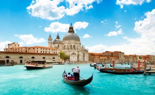 Екскурзия: Незабравими Дни във Венеция и <em>Милано</em>! Транспорт, 3 Нощувки със Закуски и Туристическа Програма