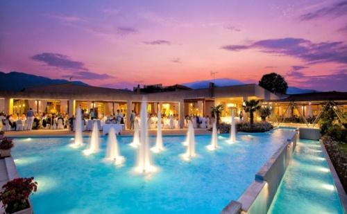 Великден в Гърция, Олимпийска Ривиера - 2 Нощувки с Великденски Обяд в Poseidon Palace 4*.