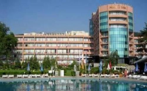 Изгодна Почивка на Златни Пясъци, All Inclusive до 07.07 в Хотел Лилия, Златни Пясъци