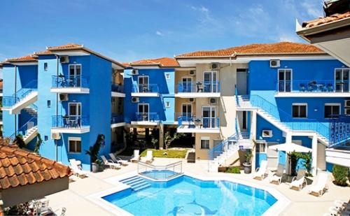 Топ Сезон в Афитос, Гърция! Нощувка със Закуска + Басейн в Хотел Stratos