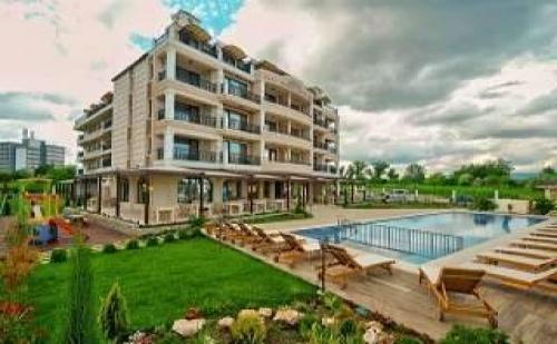Супер Нов Хотел до Плажа в Кранево, до 09.07 All Inclusive с Чадър и Шезлонг на Плажа от Съни Касъл
