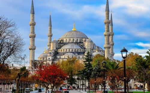 На Шопинг в <em>Истанбул</em>! Транспорт + 2 Нощувки със Закуски + Посещение на Одрин и Тръгване Всеки Четвъртък до Края на Август