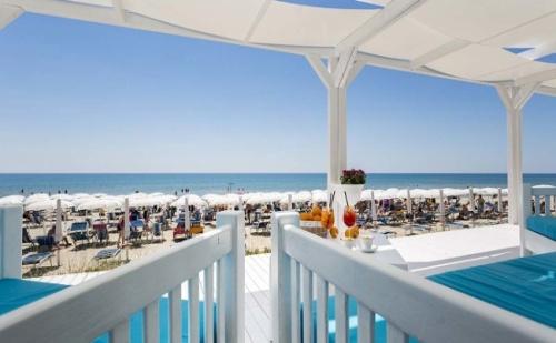 Промо Оферта за Пулия, Италия! 7 Нощувки, Закуски, Вечери и Напитки в Ticho'S Lido Hotels 4* в Кастеланета Марина!