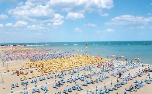 Промоционална Цена за Самолетна Почивка - Римини, Италия! 7 Нощувки със Закуски и Вечери в Turquoise Hotel 3*!