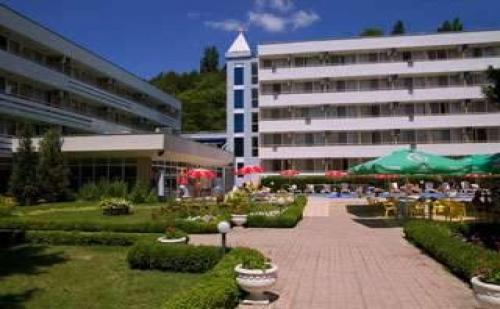 Специална Оферта с Отстъпка  за <em>Албена</em>, All Inclusive, Шезлонг, Чадър на Плажа до 03.07 в Хотел Оазис