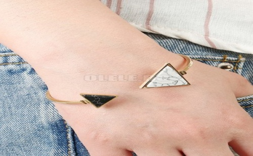 Дамска гривна Two Tone Triangle Cuff Bracelet