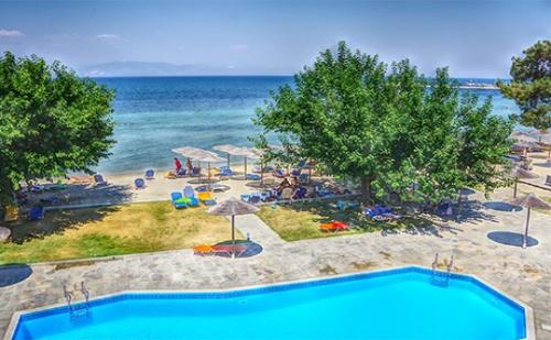 от 26.08-10.10 на о.<em>Тасос</em> - Нощувка в двойна супериор стая на база All Inclusive + басейн в хотел Sunrise Beach***