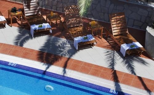 All Inclusive Пакет за Почивка през Септември в Крайбрежния Simeon Hotel 3*, Ситония
