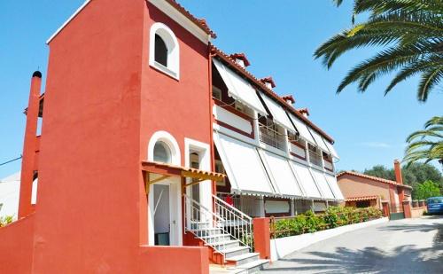 Септември в Архивари, <em>Корфу</em>! Нощувка за Двама или Трима на Супер Цена в Хотел Koskinas Apartments