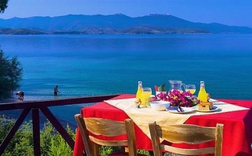 5 Нощувки със Закуски и Вечери в Хотел Leda Village Resort 2*+, Пелион, Гърция през Септември!