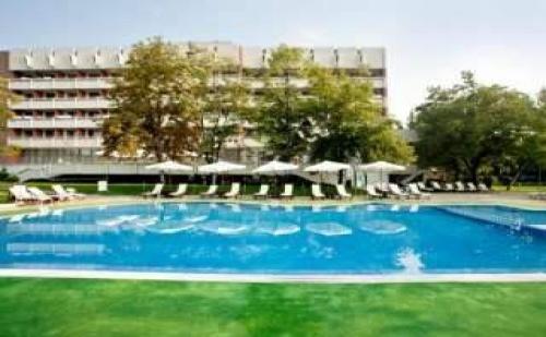 Ваканция през Лятото в <em>Хисаря</em>, Стая за Двама със Закуска и Спа Пакет от Сана Спа Хотел