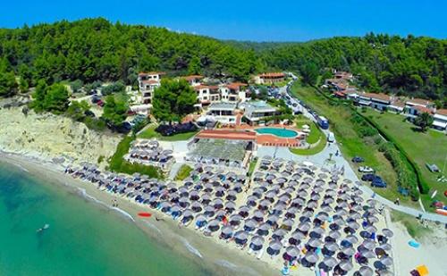 3 Нощувки със Закуски и Вечери в Хотел Elani Bay Resort 4*, <em>Халкидики</em>, Гърция през Септември и Октомври!