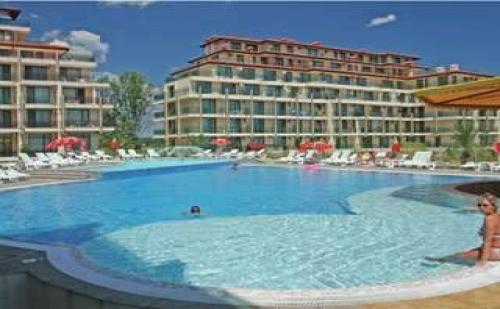 Късно Море през Септември до Плажа на Ммц Приморско, All Inclusive в Апартамент от Престиж Сити 2