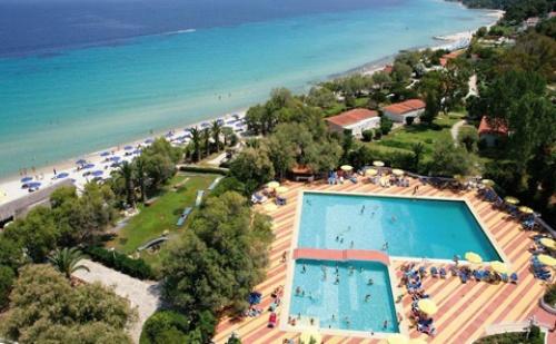 Last Minute: 3 Нощувки със Закуски и Вечери в Хотел Pallini Beach 4*, Халкидики, Гърция през Септември и Октомври!